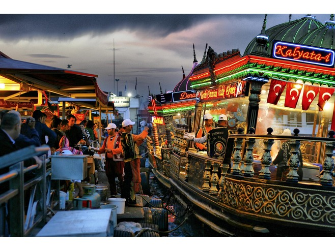 6066958-Just_Fish_bread-Istanbul