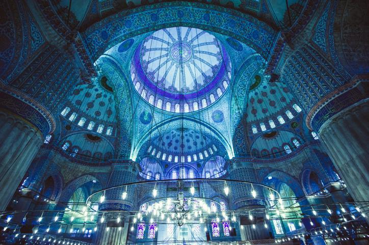 interiors-of-Blue-Mosque