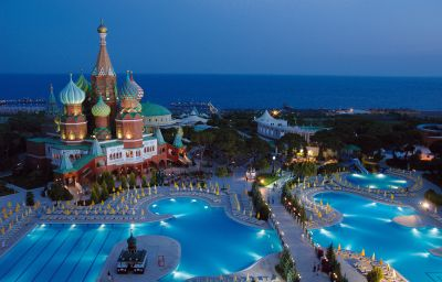 WOW_Kremlin_Palace-Antalya-Hotel_outdoor_area-4-146803